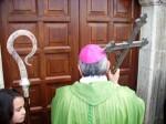 Domani l'apertura della Porta Santa con monsignor De Luca